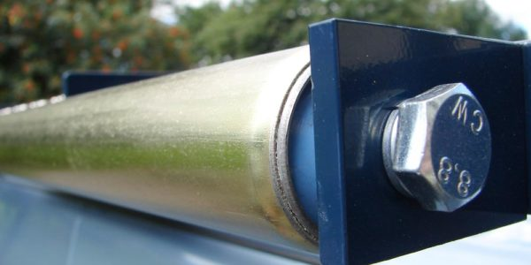 All roof racks come complete with top quality chromate passivate ladder rollers